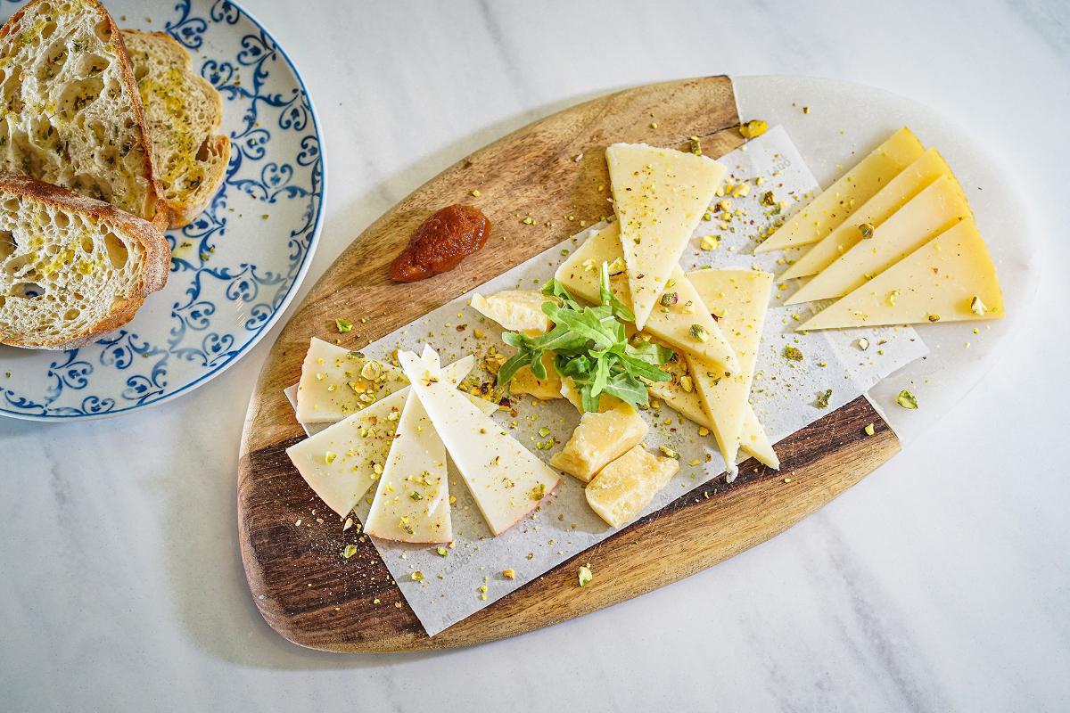 AL LADO Restaurante, Surtido de quesos