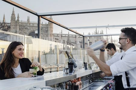 La Terraza del EME panoramic bar